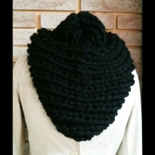 Handmade Small Infinity Scarf by LoDi