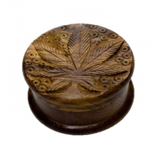 Classic Wood Grinder with engraved Marijuana Leaf