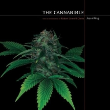 The CannaBible - The  Essentiel Guide To The Worlds Finest Marijuana Strains -  Vol. 1 - Paperback