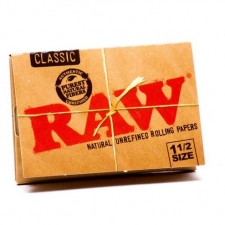 Raw Classic 1 1/2 Rolling Papers Pack
